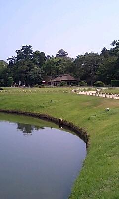 岡山後楽園 岡山城が見える