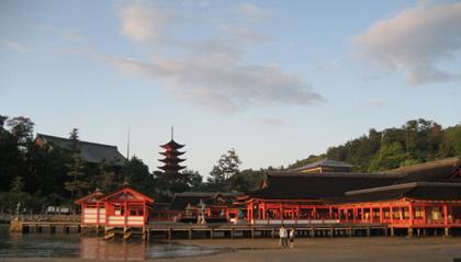 厳島神社 神殿